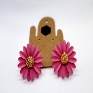 Shop Wyoming Daisy Flower W/ Golden Center Studded Earrings – Pink