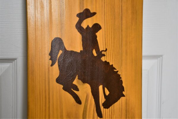 Shop Wyoming Wyoming Bucking Horse Welcome Home Sign