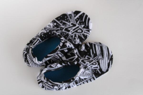 Shop Wyoming Comic Print Slipper Socks/House Shoes