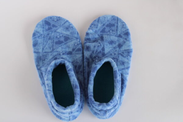 Shop Wyoming Blue Triangles Slipper Socks/House Shoes