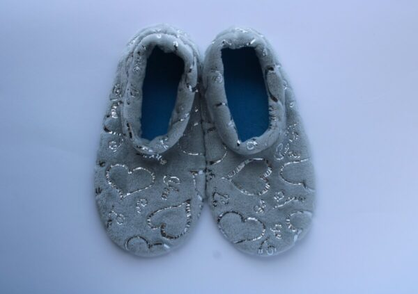 Shop Wyoming Silver Hearts on Gray Slipper Socks/ House Shoes