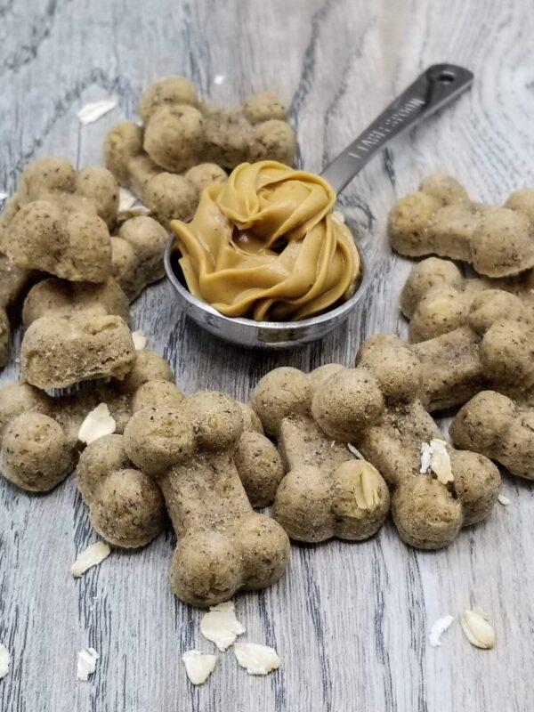 Shop Wyoming Oatmeal Peanut Butter Handmade Gourmet Dog Treats – 4 oz. Bag