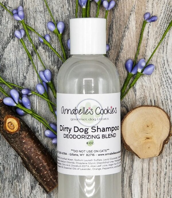 Shop Wyoming Dirty Dog Liquid Shampoo Clean Rinsing with Luxurious Lather 16 oz. Bottle